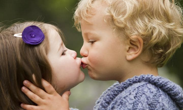 Is it normal for toddlers to kiss other toddlers?